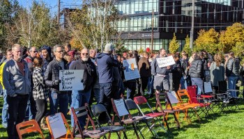 Tableau employees hold rally in Seattle, ask leadership to sever ties with ICE and CBP