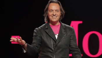 T-Mobile CEO John Legere to step down in 2020; COO and President Mike Sievert will succeed him