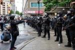 Tech :  Alors que les manifestations se répandent à travers le pays, la vidéo mobile crée une mosaïque de violence et un outil pour le changement  infos , tests