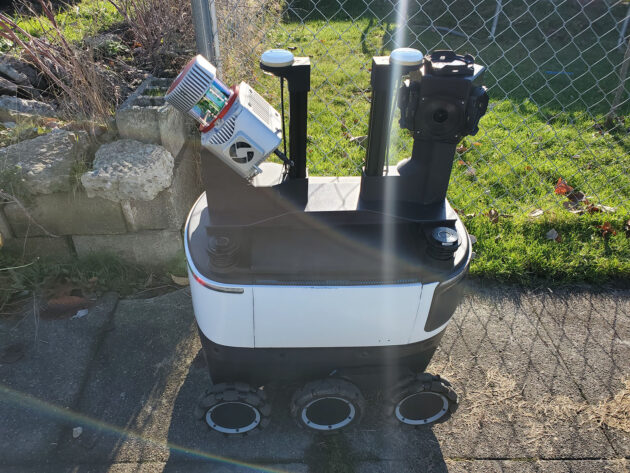 Side view of the Amazon sidewalk mapping robot in Everett, WA