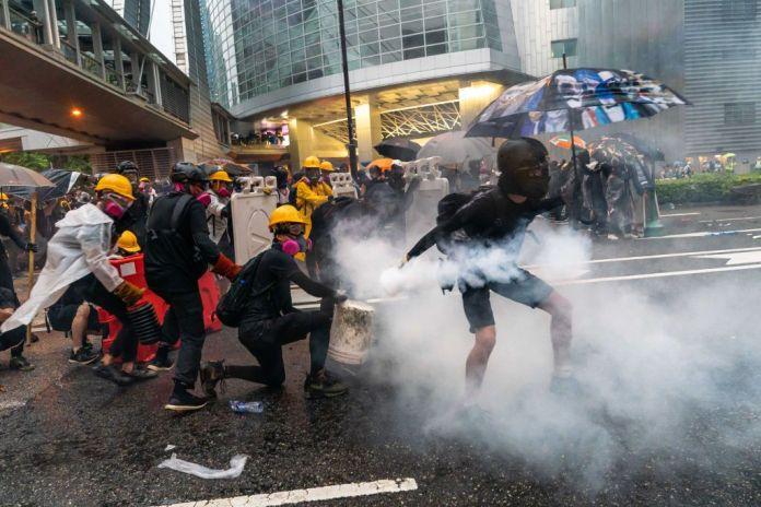 Risultati immagini per proteste di hk