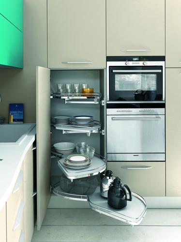 Soprattutto se l'ambiente è composto da cucina e soggiorno. Sos Ristrutturazioni Idee Per Mini Cucine Casa Design