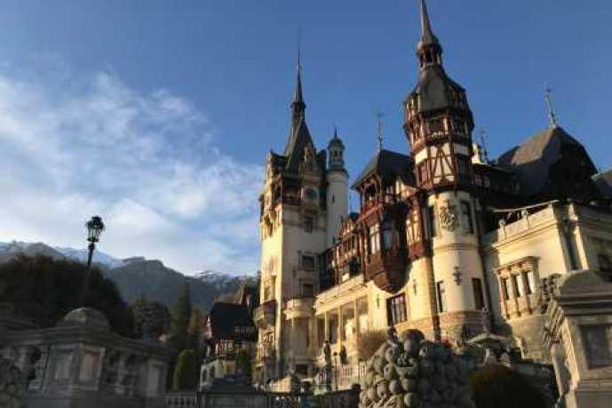 From Brasov: Tour de casillos y alrededores