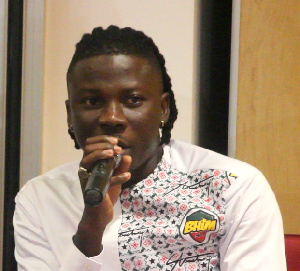 Stonebwoy fights Charterhouse, Present his disappointment