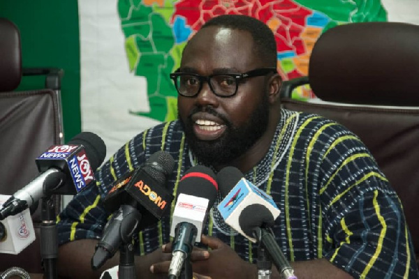 Otukunor fires Akufo-Addo for announcing Rawlings' death