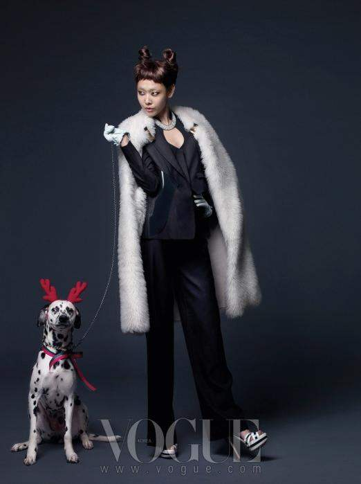 Christmas Editorial Vogue Korea December 2010 9