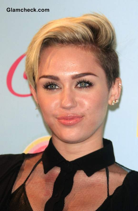 Miley Cyrus Shows Side Swept Pixie Hairstyle At 2013 Teen