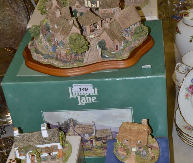 Lot 149 Lilliput Lane Chipping Coombe The Kings Arms Amberley Rose Cottage