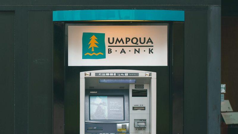 Umpqua Bank: A Regional Bank With Online Access