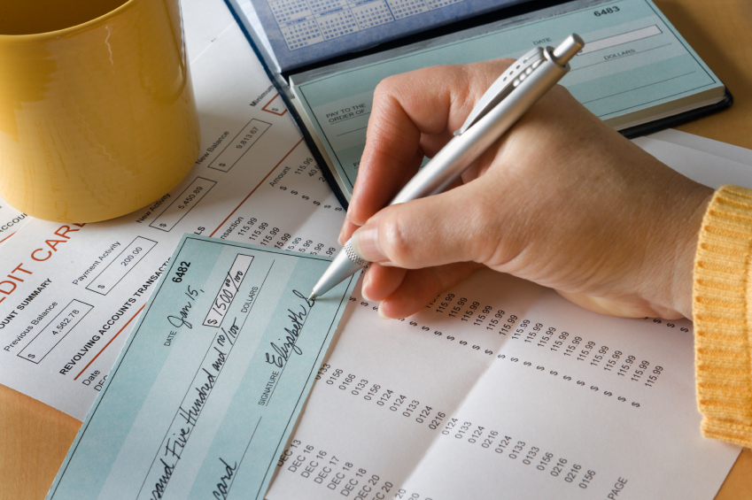 Paying Bills On Time Doesnt Guarantee A Good Credit Score