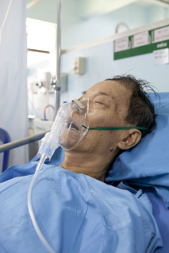 Vitamin C Saves Man Dying of Viral Pneumonia
