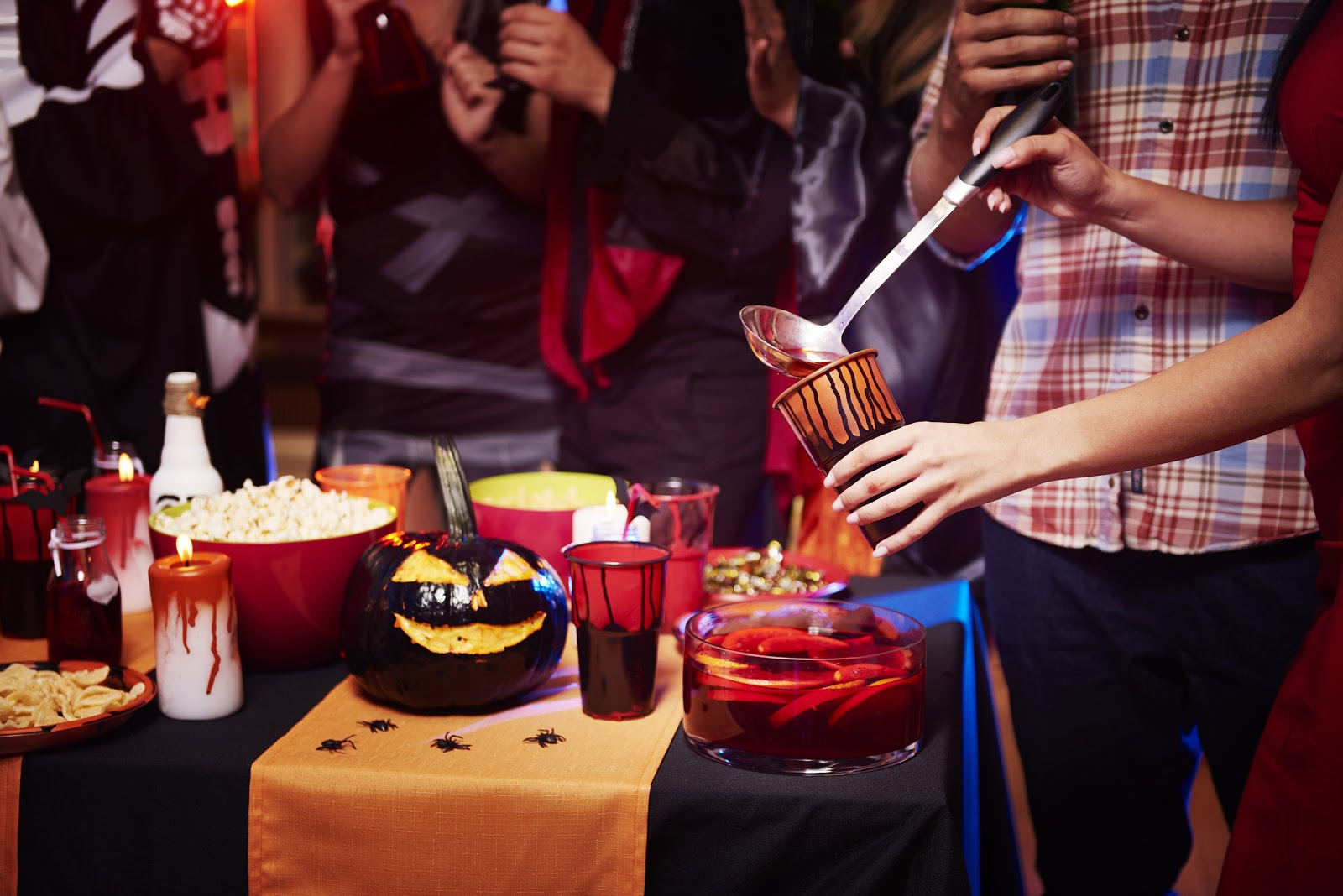 After all, whenever i read i imagine that i'm transported to the world of the book, and i just want everyone to be able to experie. 36 Hauntingly Good Halloween Party Ideas For Any Budget Stationers
