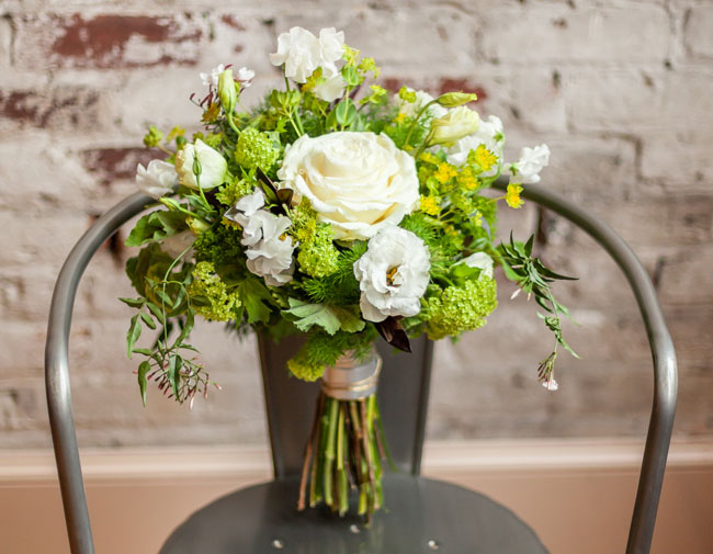 modern rustic bouquet