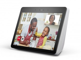 Echo Show in white and black