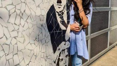 Latest Pic: Anushka's Cute & Playful Smile