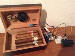 Humidity and Temperature sensor with WEB log
