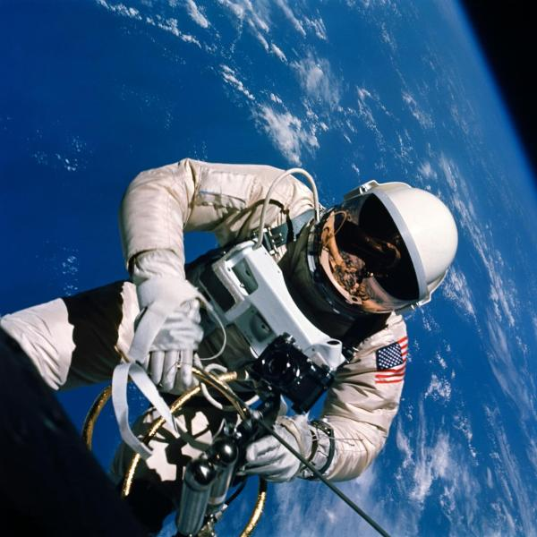 Hasselblad in space