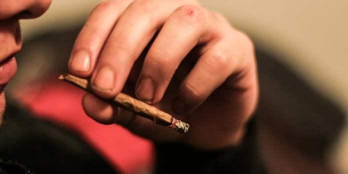 17571536862 c8ec57b59f o How to get paid to smoke weed all day, everyday
