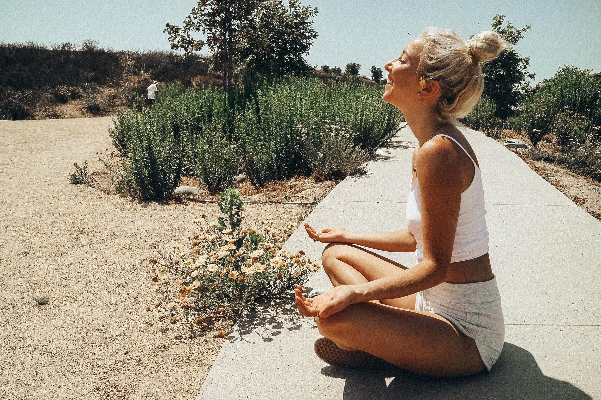 Ganja Yoga How to Combine Cannabis and Yoga4 Ganja Yoga: How to Combine Cannabis and Yoga