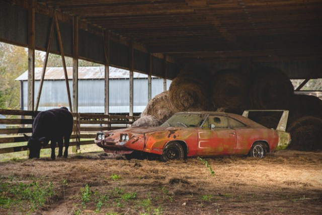 Barn Find- 1969 Dodge Daytona Charger 2