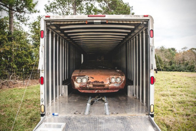 Barn Find- 1969 Dodge Daytona Charger 4