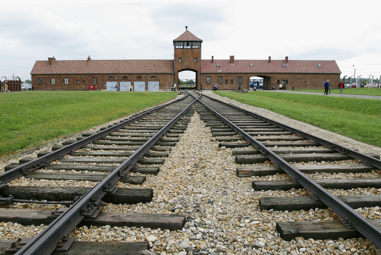 Resultat d'imatges de Auschwitz