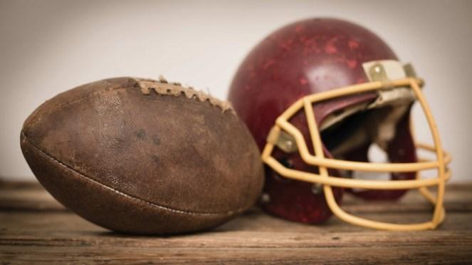 Resultado de imagem para first football ball