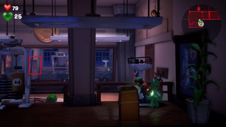 Red Gem Location Hidden Cabinet in Weight Room 750x422 - Luigi's Mansion 3 – Guida: dove trovare tutte le gemme dei piani 13 e 14