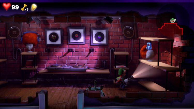 Blue Gem Location Wig on Head in Dance Floor 750x422 - Luigi's Mansion 3 – Guida: dove trovare tutte le gemme dei piani 13 e 14