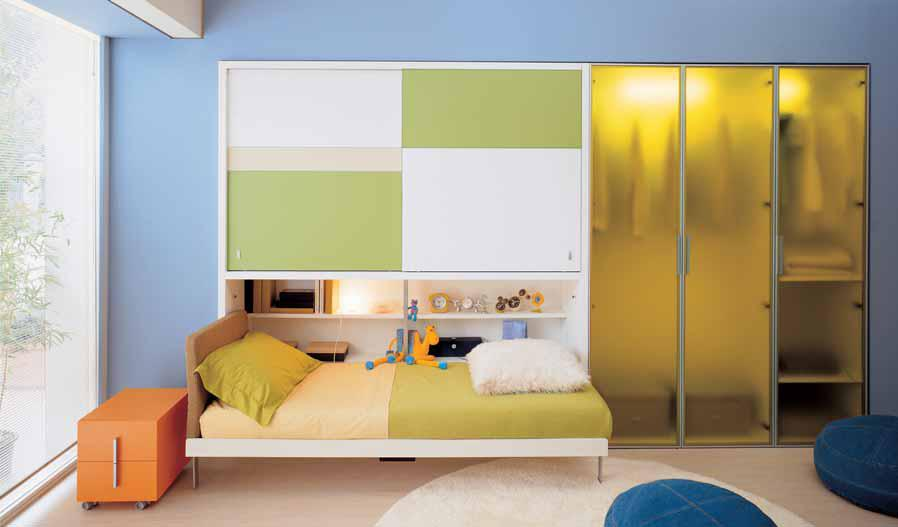 Ideas for Teen Rooms with Small Space on Bedroom Ideas For Small Spaces  id=42519