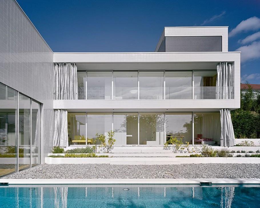Paradise In Germany: A Modern Minimalist Dream House