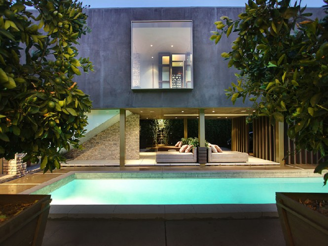 pool luxury house