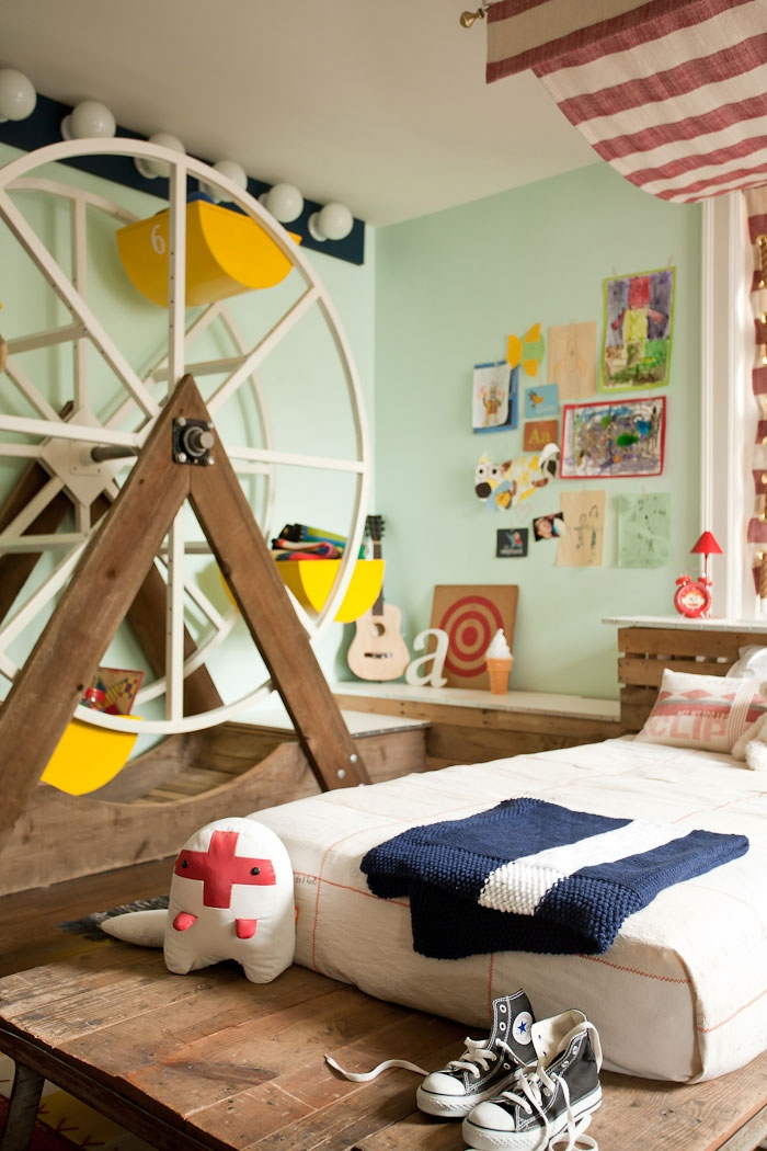 Whimsical Kids Rooms on Rooms For Teenagers  id=42550