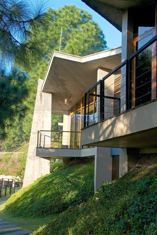Concrete House With Balcony Interior Design Ideas