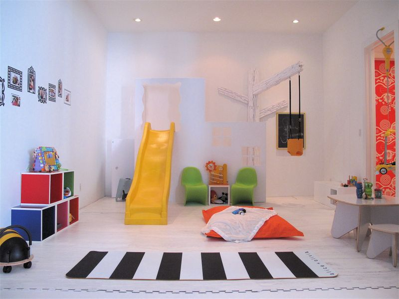 View Small Playroom Pictures