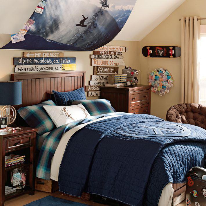 older boys room snowboarding theme blue and dark wood ... on Guys Bedroom Ideas  id=32478