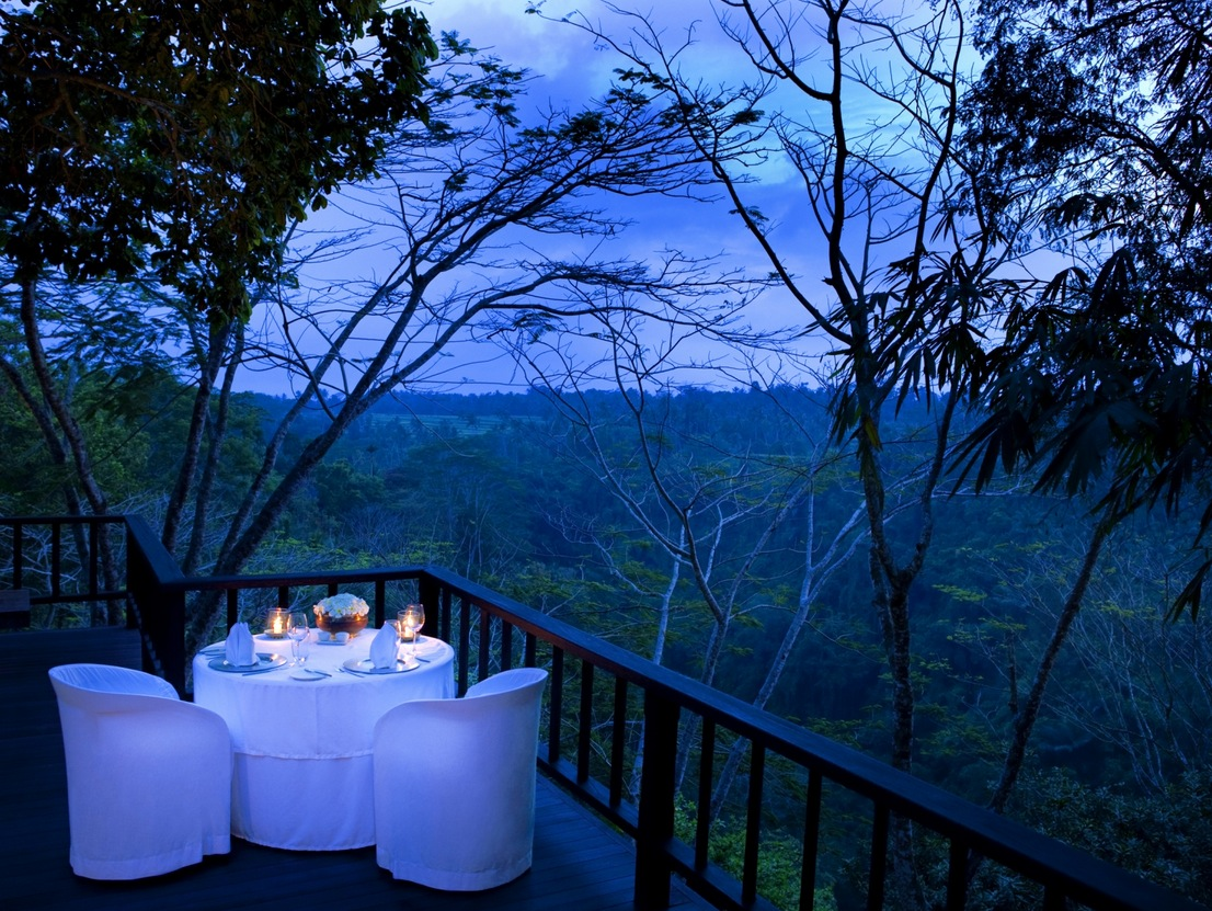 Como Shambhala Estate Bali Dinner On The Deck With Views Of Evening Forest Interior Design Ideas