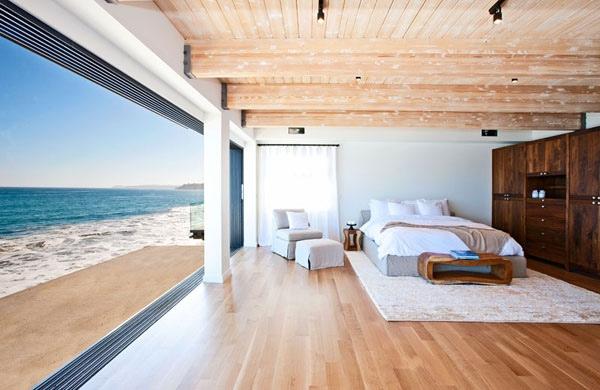 Beachfront Bedroom Interior Design Ideas