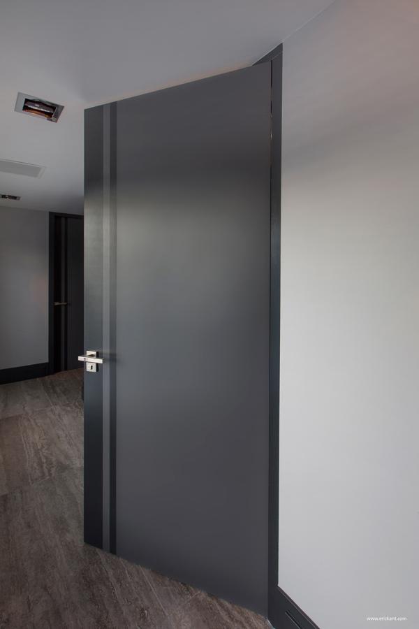 Ultramodern Sleek House With Sharp Lines
