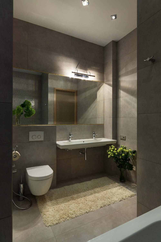 Spacious Apartment With Family Friendly Decor on Bathroom Ideas Apartment  id=27454
