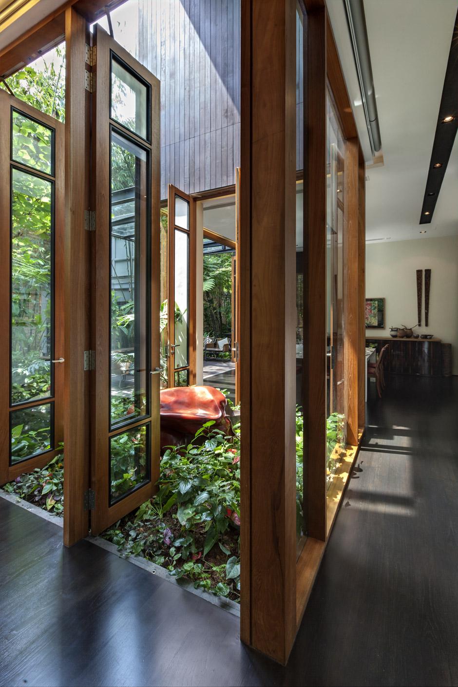 Inner Courtyard Interior Design Ideas