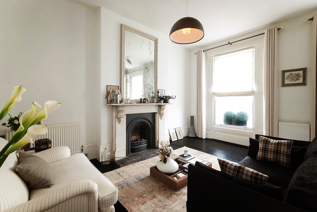 Decorating your living room properly will. Design Inspiration For Small Apartments (Less Than 600 ...
