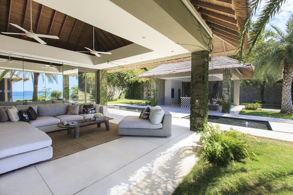 Outdoor lounge   Interior Design Ideas. on Backyard Lounge Area Ideas id=71724