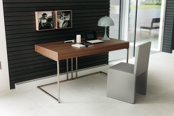 17 Contemporary desk