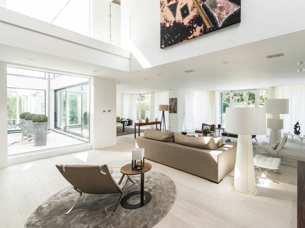 Stunning Belgian Family Home With Floor To Ceiling Windows
