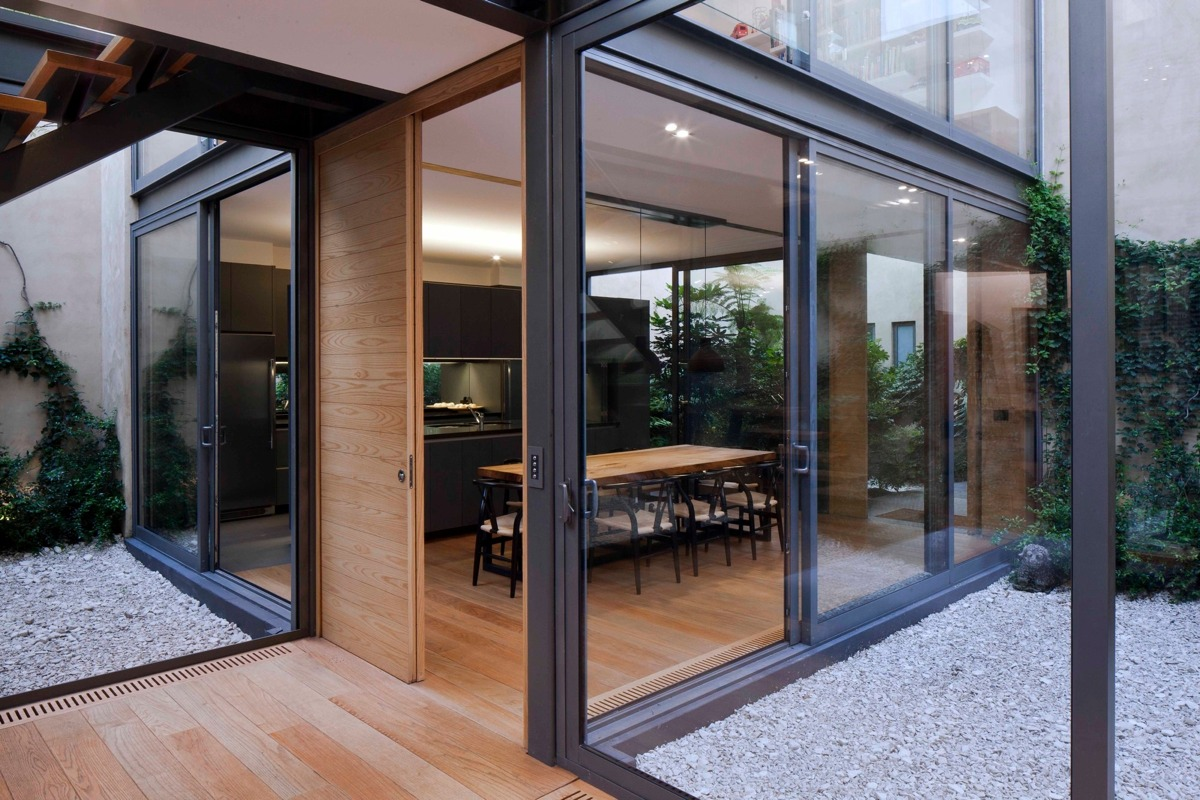 A House With 4 Courtyards Includes Floor Plans on Modern Glass House Design  id=99728