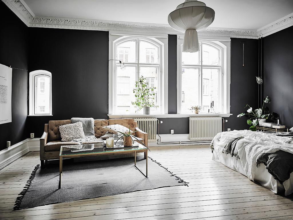 30 Black Amp White Living Rooms That Work Their Monochrome Magic
