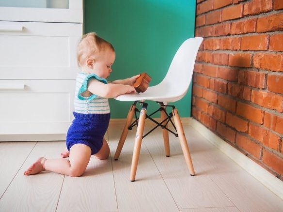 Brilliant 32 Kids Chairs And Stools To Seat Them With Style Free Gmtry Best Dining Table And Chair Ideas Images Gmtryco