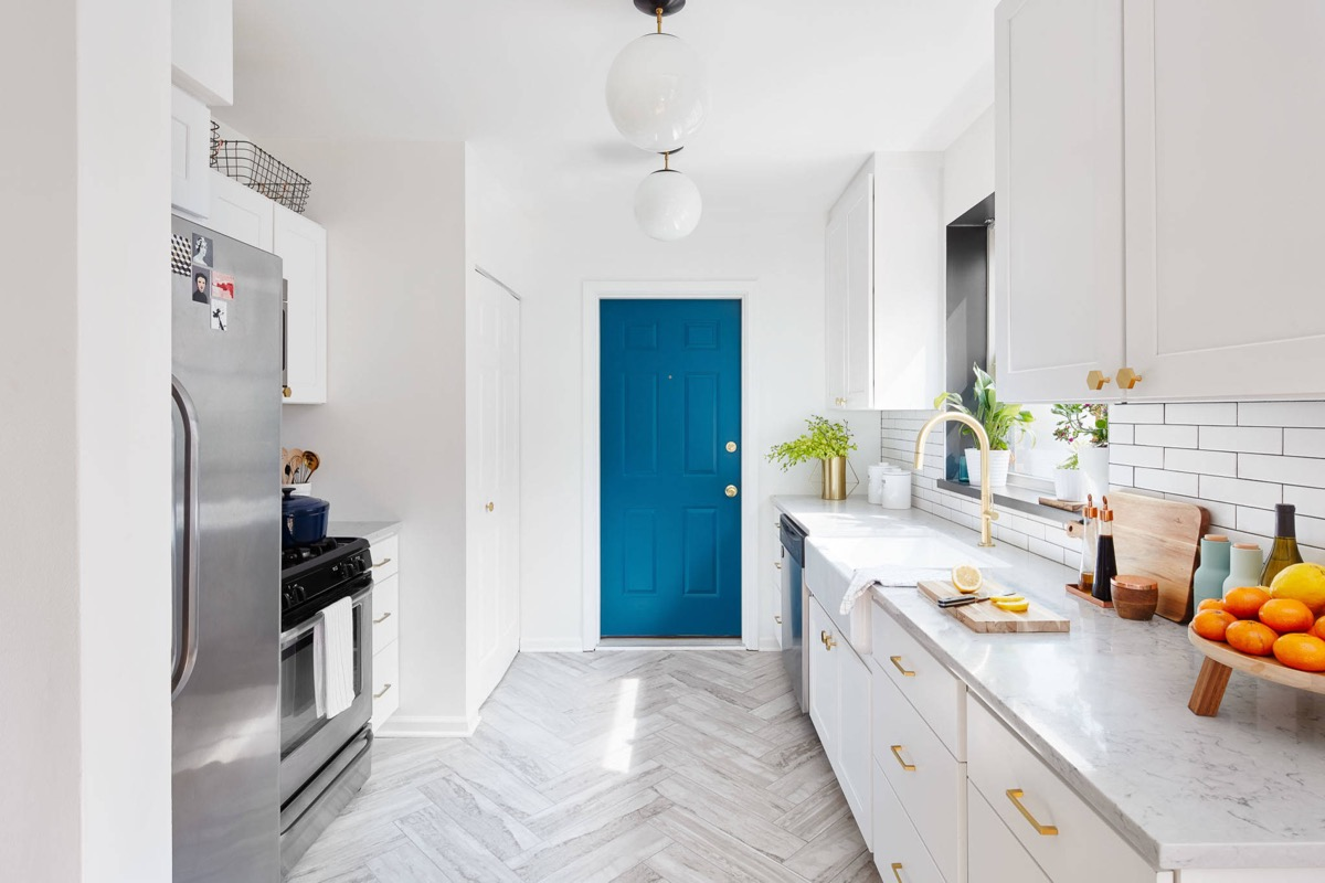 50 Gorgeous Galley Kitchens And Tips You Can Use From Them