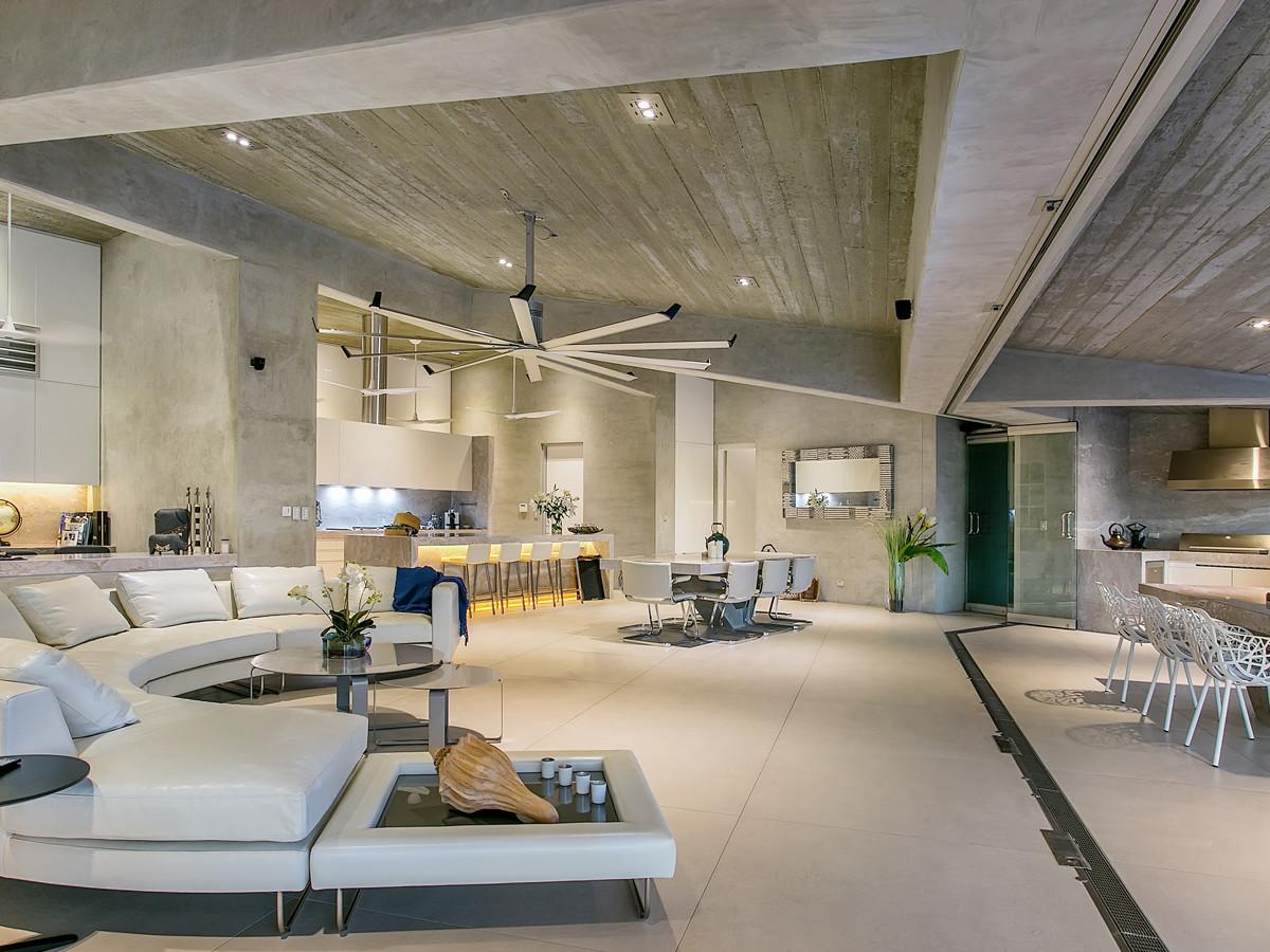 Visualizza altre idee su bagni da sogno, planimetrie di case, case. Luxury Condo Living Room Interior Design Ideas